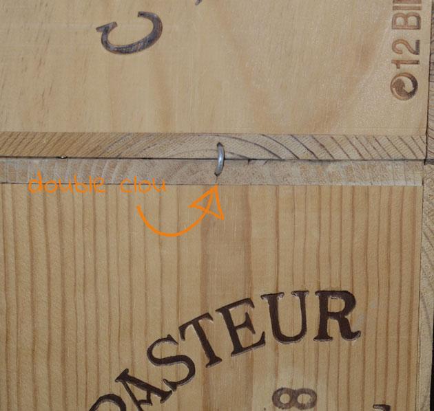 Etagères en caisses de vin : comment les attacher