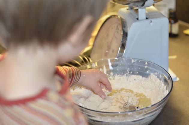 Lacher prise pour cuisiner dans la bonne humeur avec tes enfants