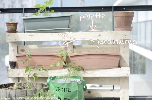 Faire pousser à manger sur ton balcon : gagner très facilement de la place grâce à une palette, sans bricolage