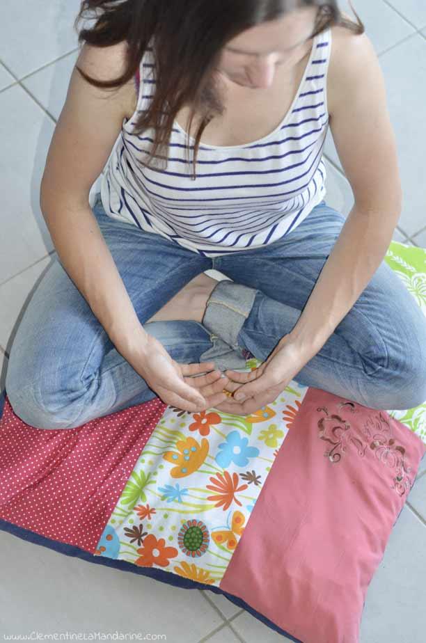 DIY coussin de méditation en chutes de tissus