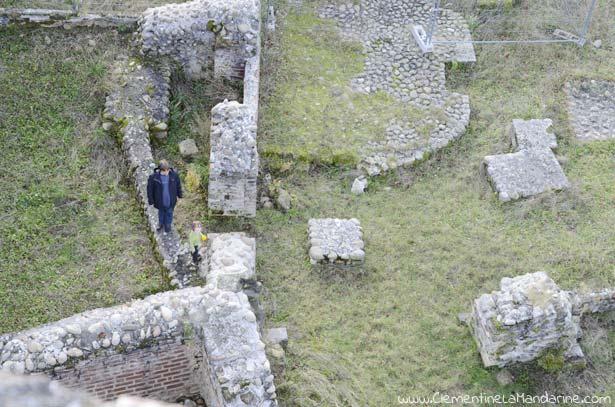 Partir à l'aventure près de chez soi : visiter un château en ruines