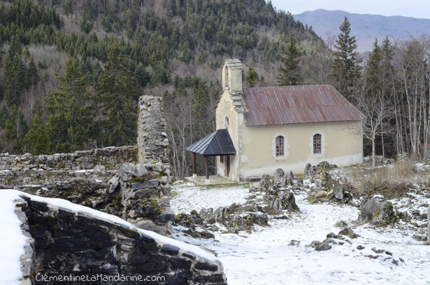 village-en-ruine-clementine-la-mandarine