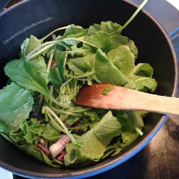 Soupe aux fanes de radis – végane, sans gluten
