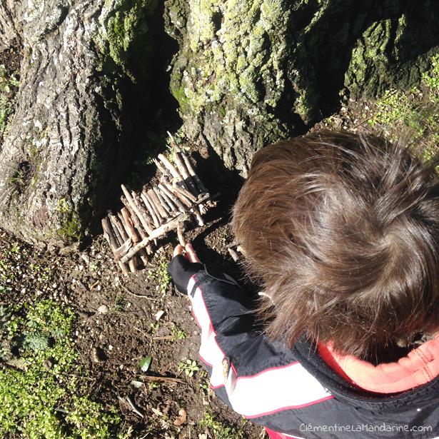 3 idées de connexion quotidienne à la nature pour les enfants